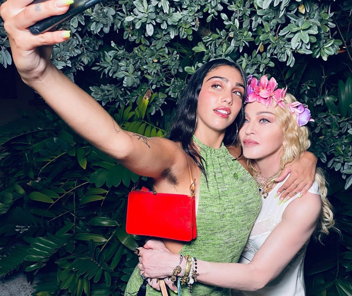 Madonna: Παρατηρείς κάτι ασυνήθιστο σε αυτή τη φωτογραφία με την κόρη της Λούρδη;