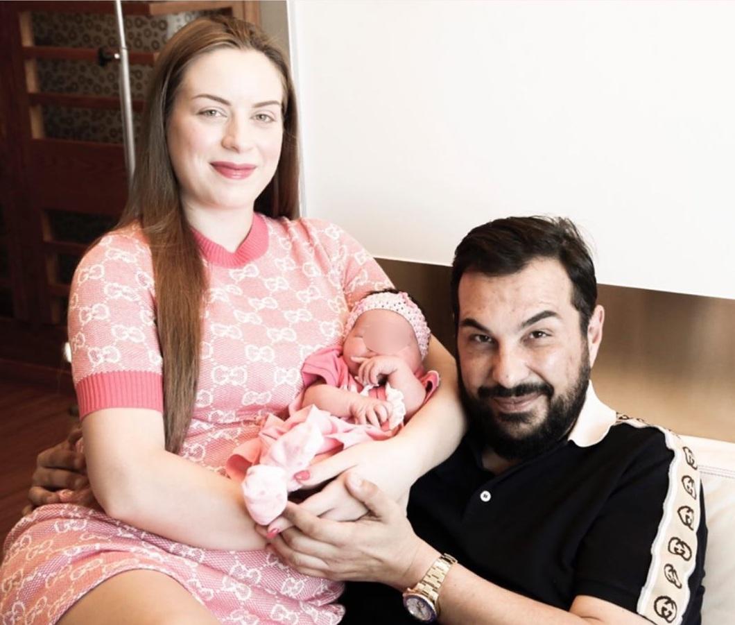 Μαρία Ψηλού: Η πρώην Σταρ Ελλάς ποζάρει με τη νεογέννητη κόρη της! Φωτογραφίες