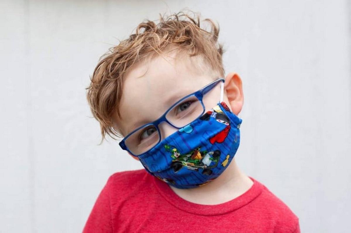 Δωρεάν οι μάσκες σε όλους τους μαθητές σύμφωνα με τον Υπουργό Εσωτερικών