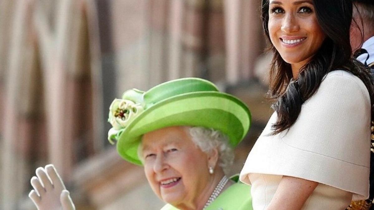 """Κι όμως! Η βασιλική οικογένεια ευχήθηκε """"χρόνια πολλά"""" στην Μέγκαν Μαρκλ για τα γενέθλιά της"""