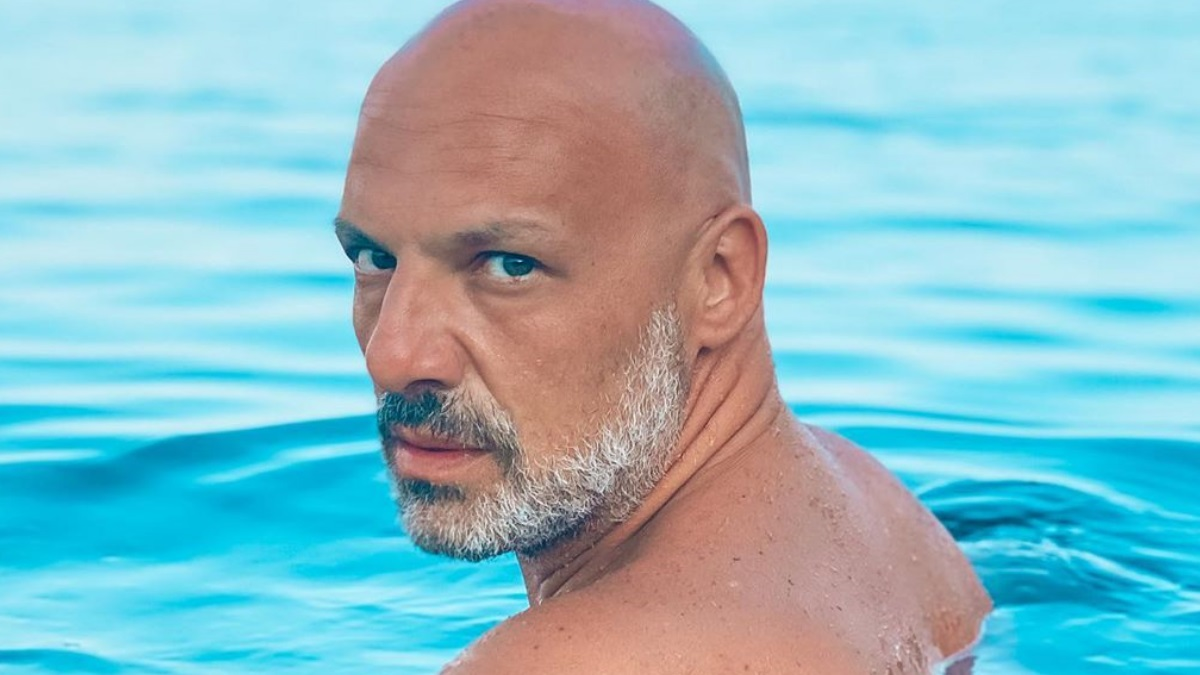 Νίκος Μουτσινάς: Η απίστευτη υποβρύχια λήψη από τις διακοπές στην Κύθνο!