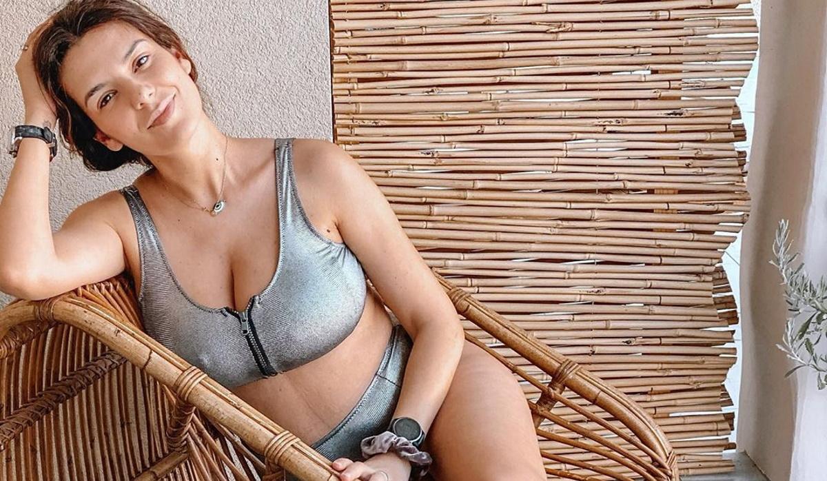 Νικολέττα Ράλλη: Ξεκίνησε διακοπές με την κόρη της! Η φωτογραφία με μαγιό δύο μήνες μετά τη γέννα [pics]