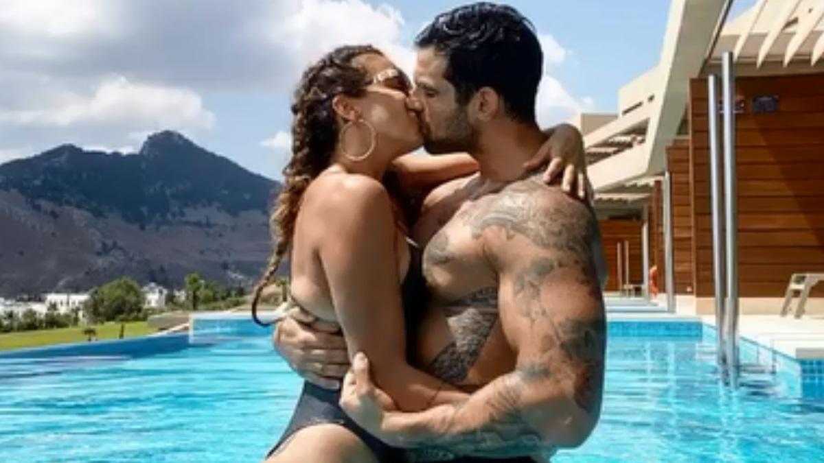 Η Ελένη Χατζίδου και ο Ετεοκλής Παύλου σε spa στη Ρόδο!