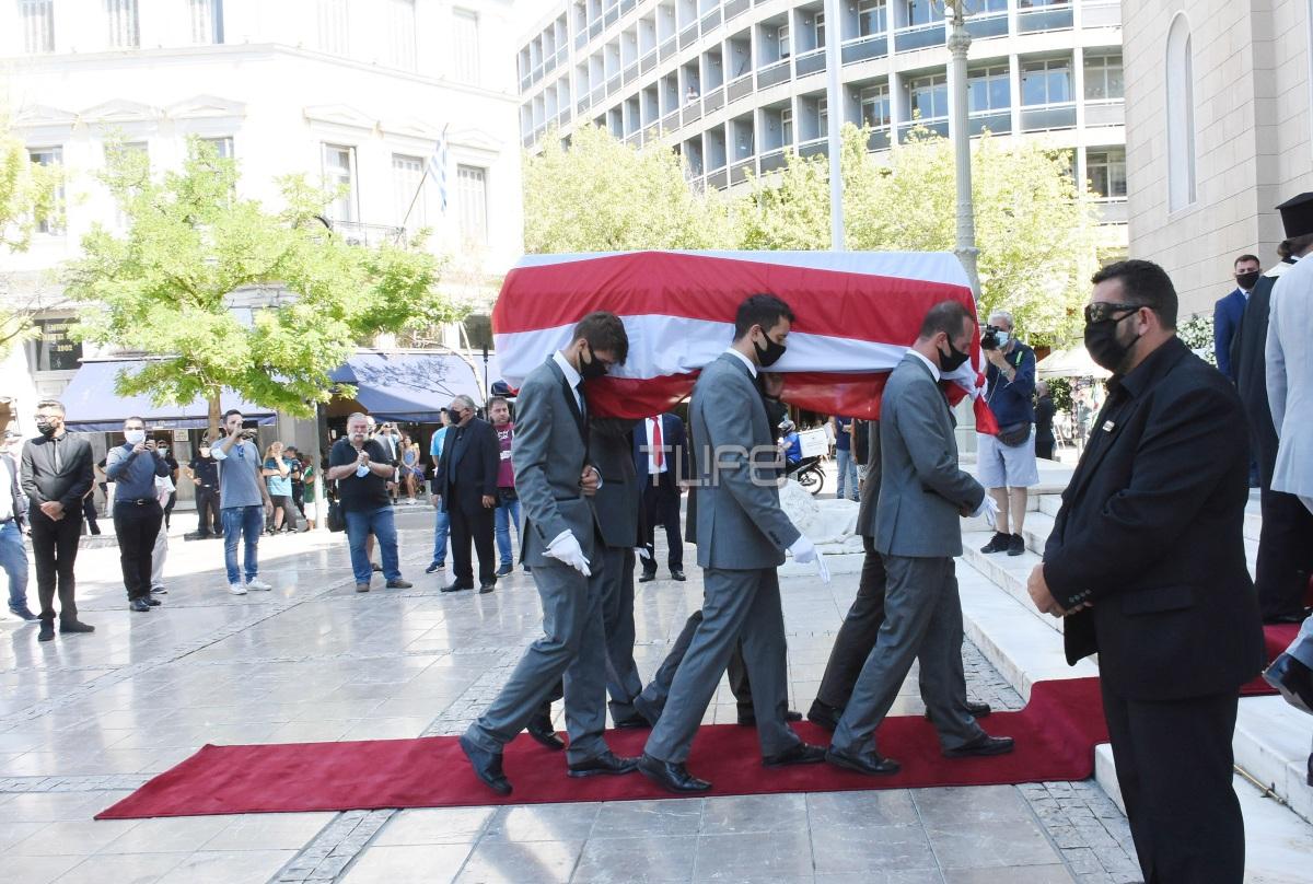 Σάββας Θεοδωρίδης: Το τελευταίο αντίο στον μεγάλο άνδρα του Ολυμπιακού