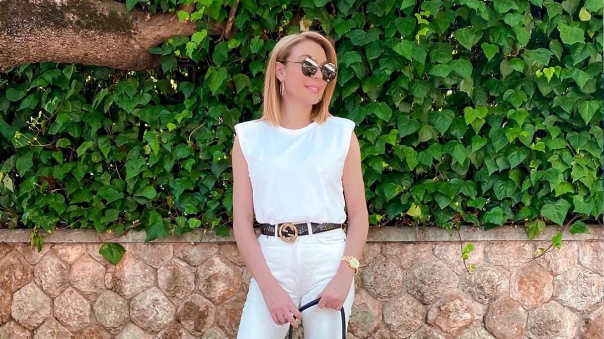Νίκος Ευαγγελάτος – Τατιάνα Στεφανίδου: Ταξιδεύουν φορώντας μάσκα! [pics]