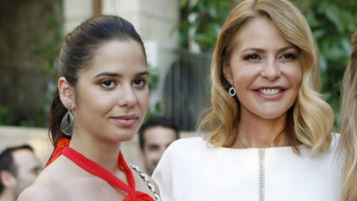 Τζένη Μπαλατσινού: Η φωτογραφία με την κόρη της από τις διακοπές τους [pic]