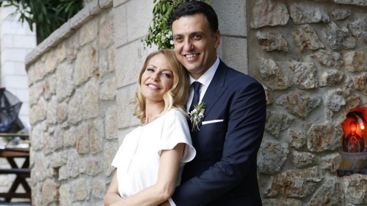 Τζένη Μπαλατσινού – Βασίλης Κικίλιας: Τέσσερις φορές που δήλωσαν δημόσια τον έρωτά τους οι μέλλοντες γονείς [pics]