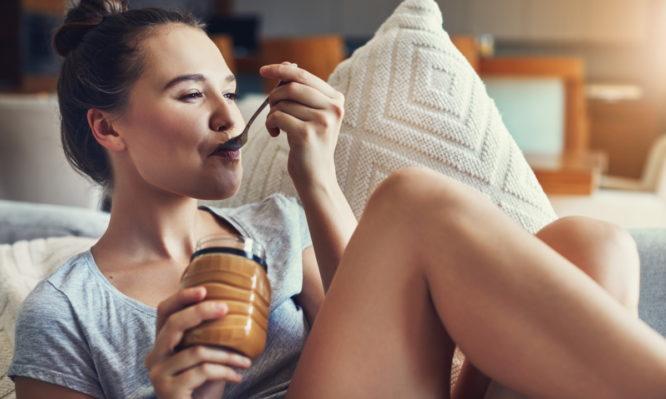 Απώλεια βάρους χωρίς δίαιτα: Πόσες θερμίδες την ημέρα πρέπει  να τρως