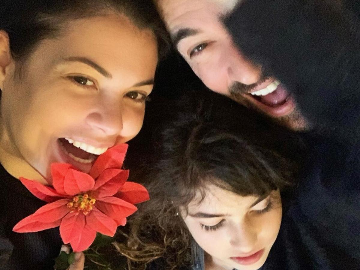 """Μαρία Κορινθίου – Γιάννης Αϊβάζης: Η κόρη τους, Ισμήνη, θα παίξει στο """"Καφέ της Χαράς"""" (pics)"""