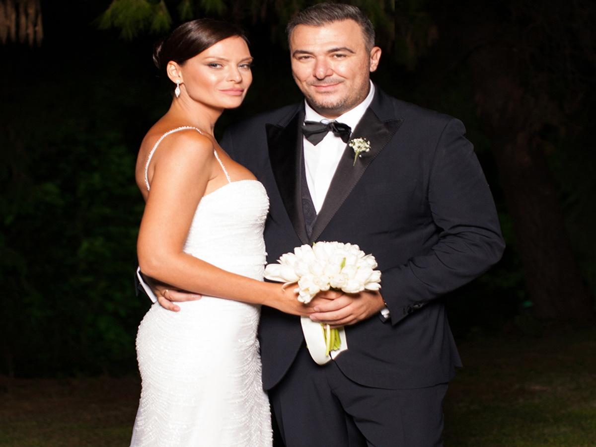 Υβόννη Μπόσνιακ: Οι ευχές στον αγαπημένο της Αντώνη για την επέτειό γάμου τους!