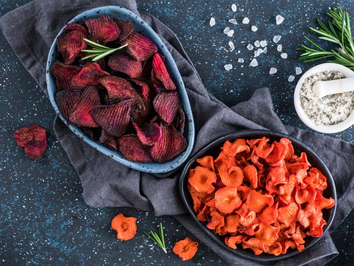 Τσιπς λαχανικών! Για βραδινό τσιμπολόγημα χωρίς να παίρνεις κιλά
