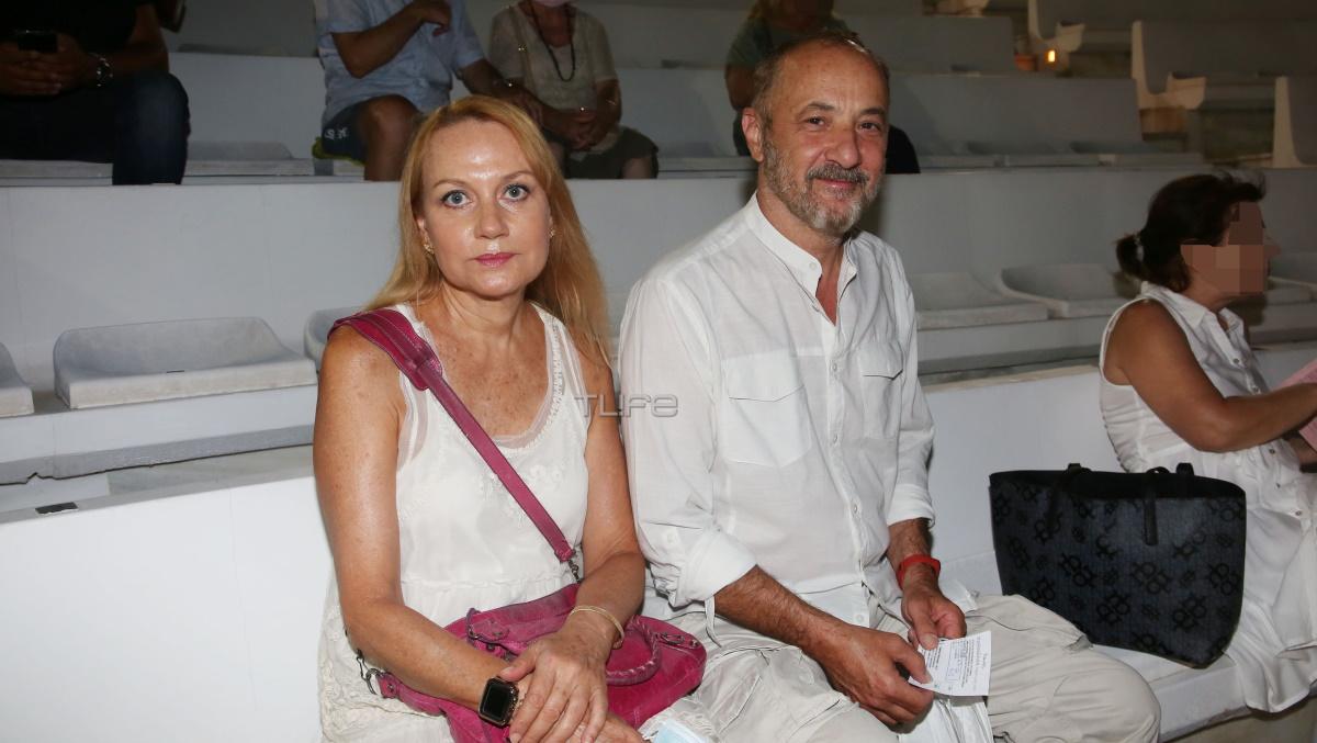 Στέλιος Μάινας – Κάτια Σπερελάκη: Βραδινή έξοδος στο θέατρο (Φωτογραφίες)