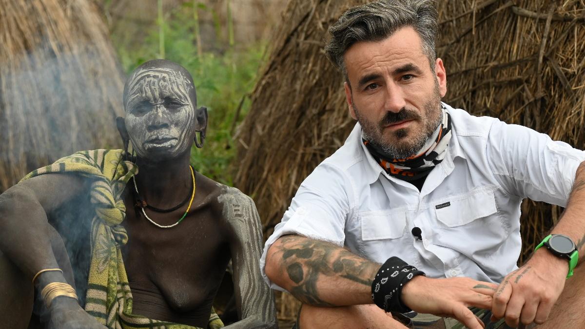 Γιώργος Μαυρίδης: Στον αέρα το τρέιλερ της εκπομπής «Into the Skin» που θα παρουσιάσει στο Open!