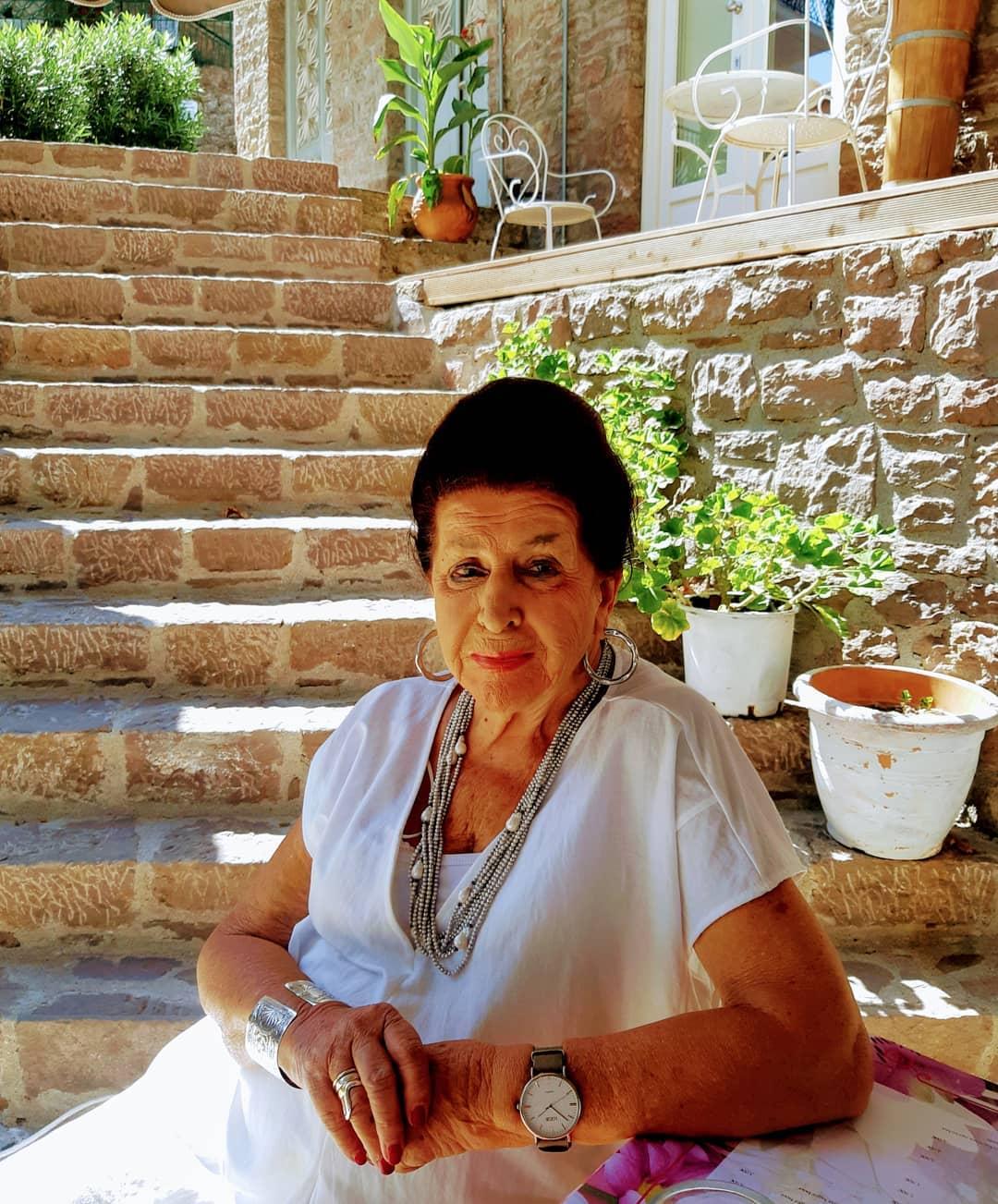 Μαύρη μέρα για την Μιμή Ντενίση-Πέθανε η μητέρα της
