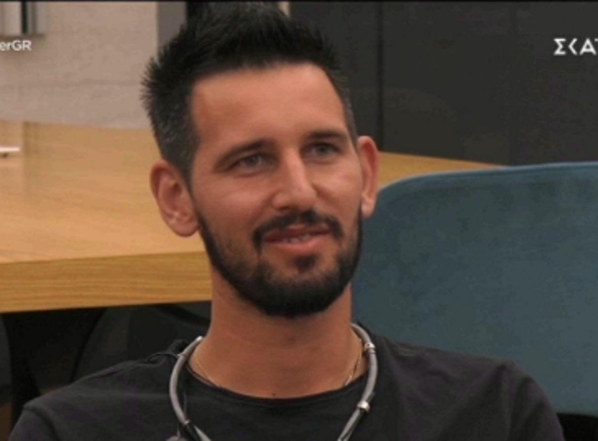 Big Brother: Αποχώρησε ο Νίκος Ζέκος (video)