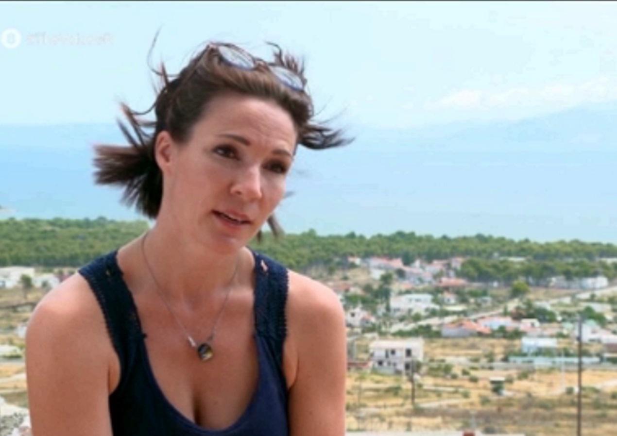 The Voice: Η συγκινητική ιστορία της διαγωνιζόμενης Ερόρα από τη φωτιά στο Μάτι (video)