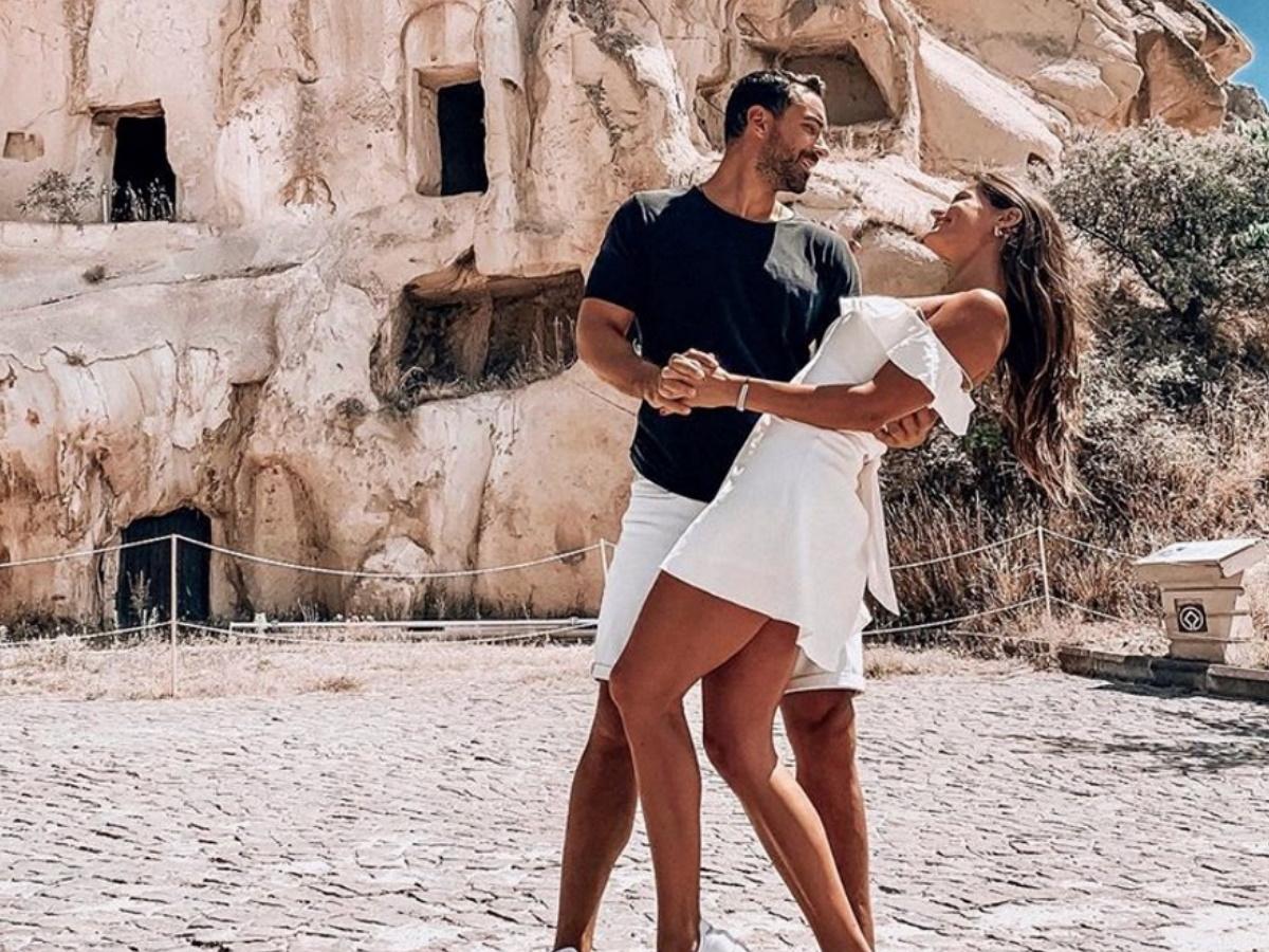 Χριστίνα Μπόμπα – Σάκης Τανιμανίδης: Η βραδινή έξοδος στην Αθήνα και η νέα… απόδραση (pics)