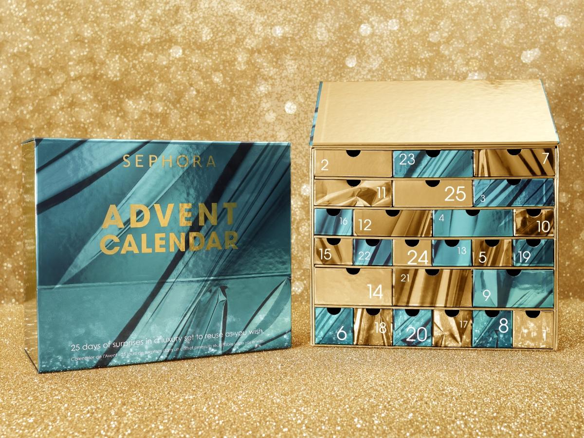 Και όμως! Έφτασαν τα πρώτα χριστουγεννιάτικα advent calendars. Τι καλλυντικά περιέχουν!