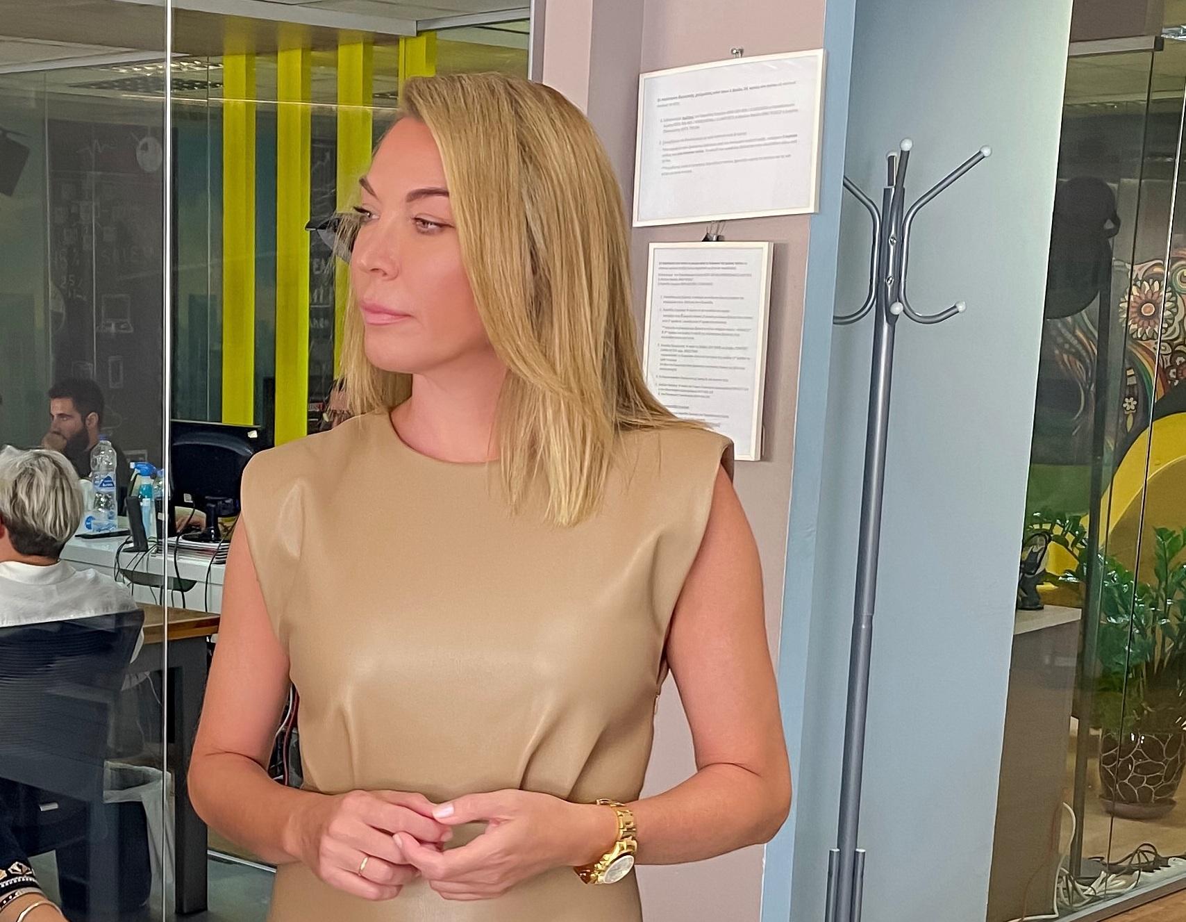 """Τατιάνα Στεφανίδου: Όταν ο Νίκος Ευαγγελάτος της έκανε """"photobombing"""" (pics)"""
