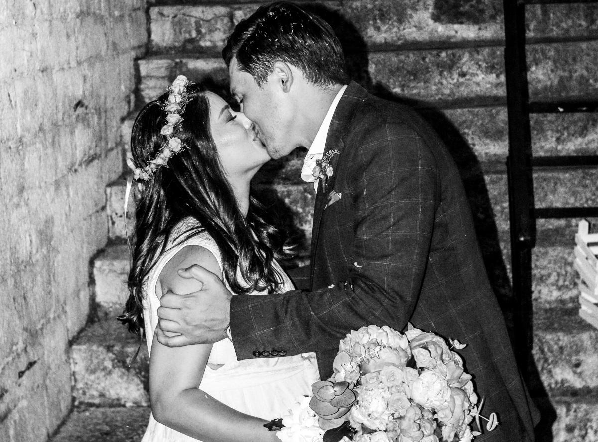 Παύλος Χρηστίδης: Το άλμπουμ του ρομαντικού γάμου, του εκπροσώπου του ΠΑΣΟΚ, λίγο πριν γίνει πατέρας! Φωτογραφίες