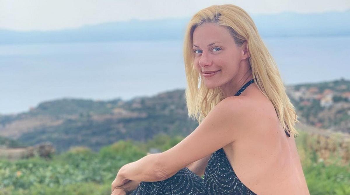 Ζέτα Μακρυπούλια: Υποδέχτηκε το νέο μήνα με χαμόγελο και καλοκαιρινή διάθεση  [pics]