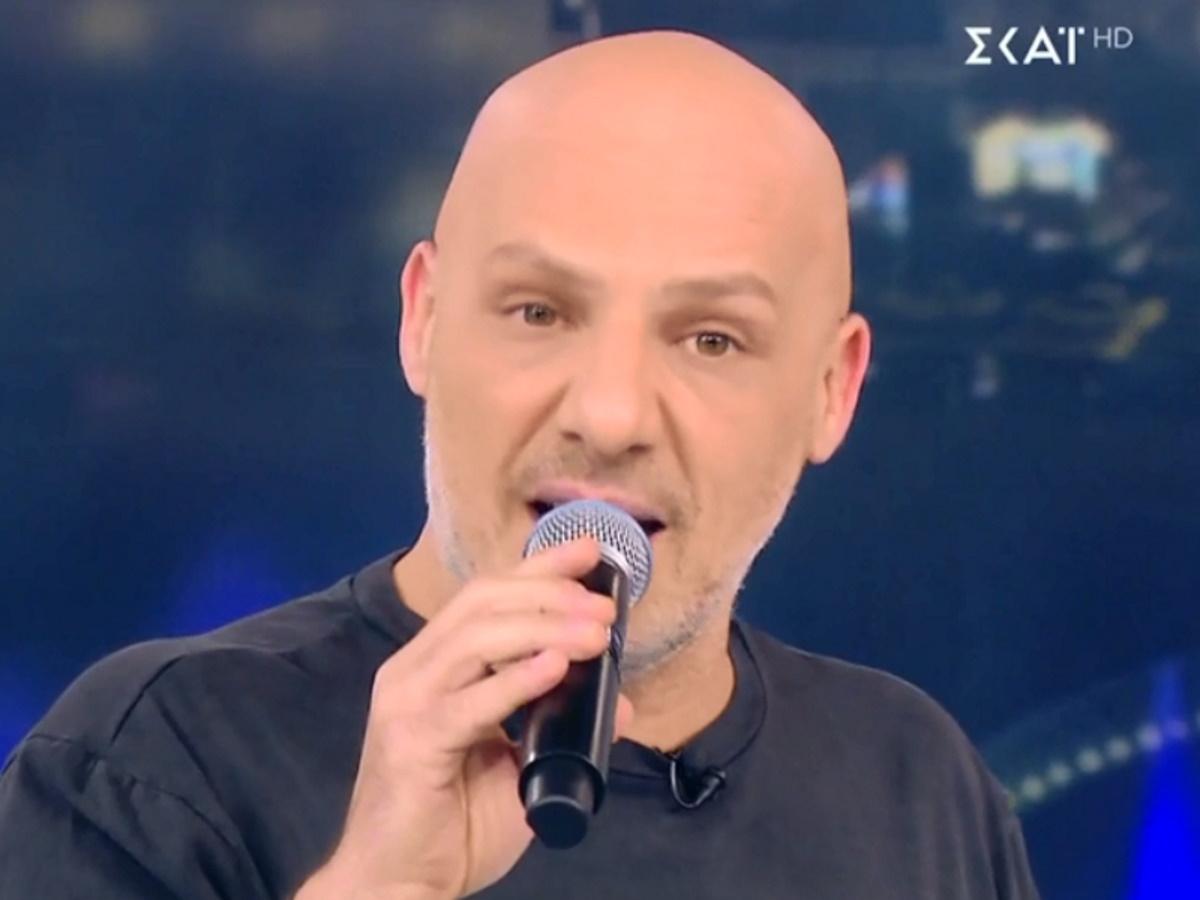 Νίκος Μουτσινάς: Η απάντηση του στο προσβλητικό μήνυμα που δέχτηκε (video)