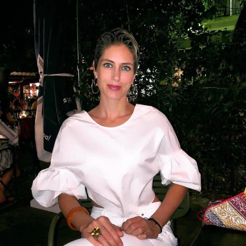 Η πρώην Σταρ Ελλάς, Λένα Παπαρρηγοπούλου, κάνει στροφή στον Θεό