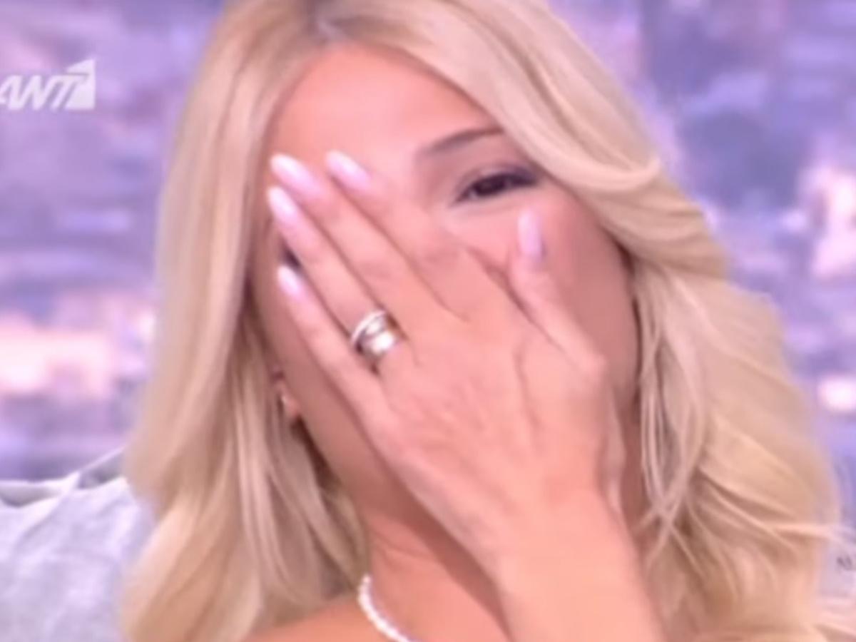 Φαίη Σκορδά: Δάκρυσε όταν ο Θεοχάρης Ιωαννίδης της αποκάλυψε την ταυτότητα της νέας του συμπρωταγωνίστριας (video)