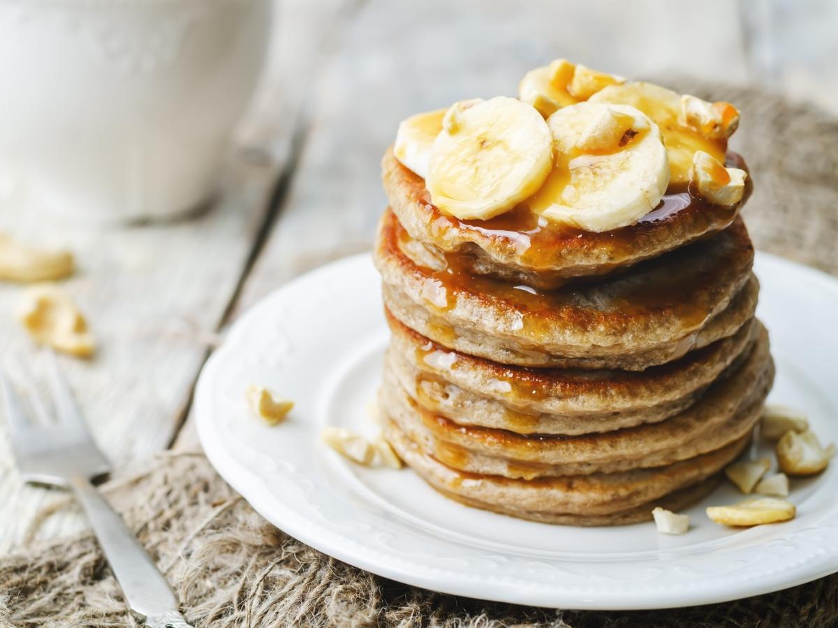 Συνταγή για Pancakes μπανάνα με μόλις 4 υλικά