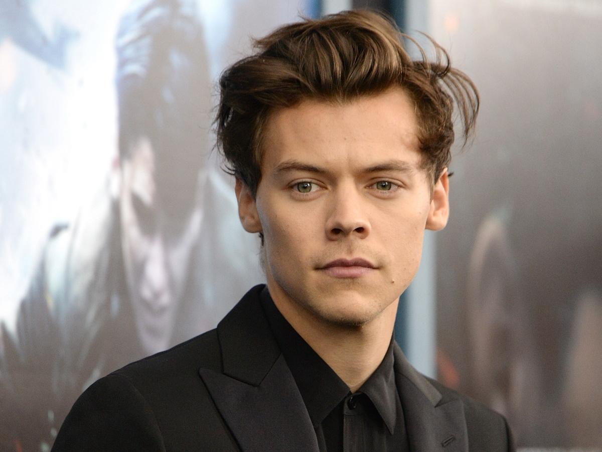 Ο Harry Styles έκοψε τα μαλλιά του και έγινε viral!