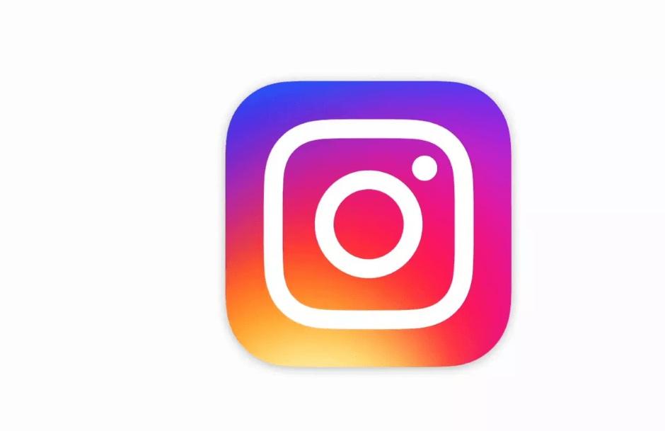 Η Τατιάνα Στεφανίδου γράφει για την προσπάθεια του instagram να σταματήσει το bullying