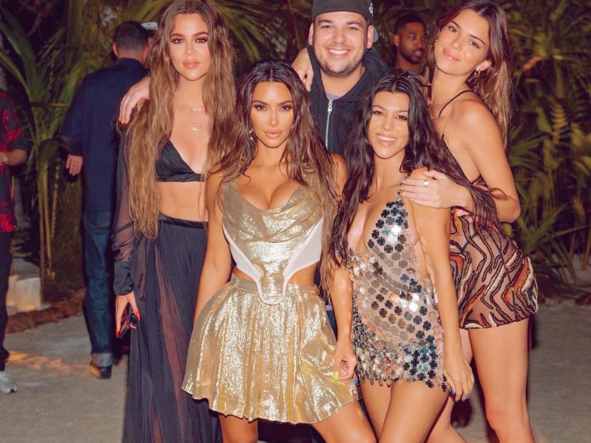Kim Kardashian: Ποια σχεδιάστρια εμπιστεύτηκε για το φόρεμα των γενεθλίων της;