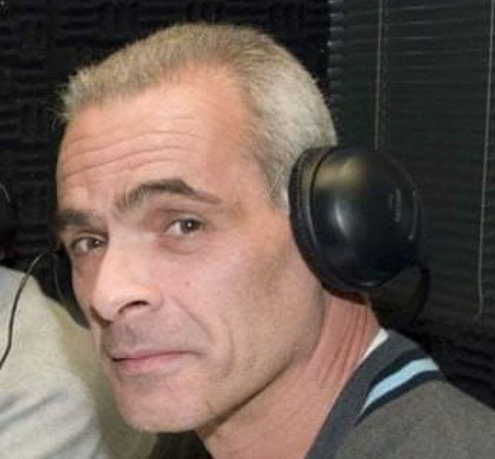 Πέθανε στα 61 του ο γνωστός αθλητικογράφος Κώστας Μπατής