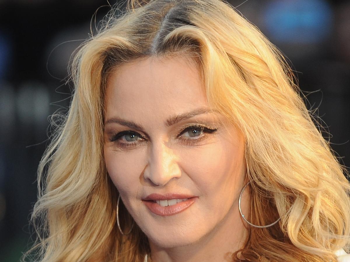 Από πότε η Madonna έχει ροζ μαλλιά;