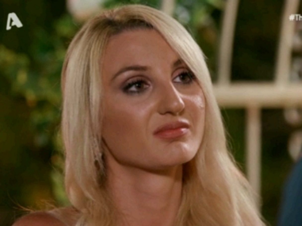 The Bachelor: Ξαφνική αποχώρηση στο reality – Έφυγε η Μάγδα (video)