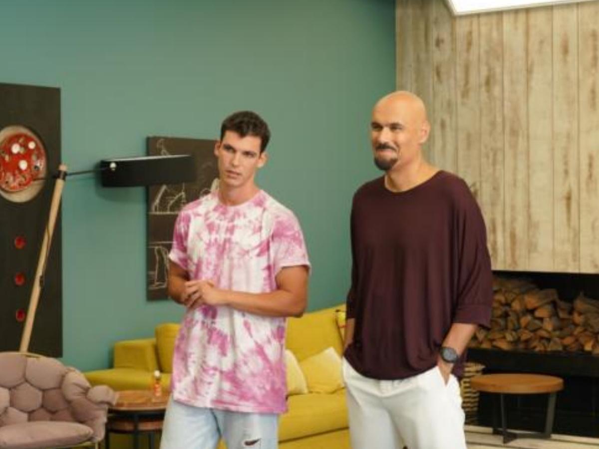 GNTM: Ο Βασίλης Μίχας εισέβαλε στο σπίτι του reality μόδας – Όσα δεν ξέρεις για τον κούκλο ηθοποιό (pics,video)
