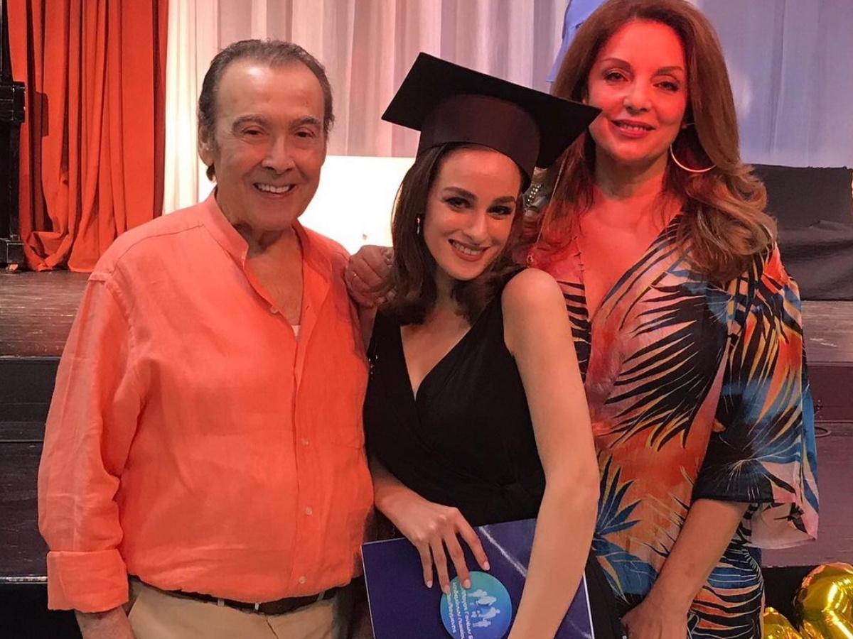 Περήφανος μπαμπάς ο Τόλης Βοσκόπουλος: Το μήνυμα για την πρώτη τηλεοπτική εμφάνιση της κόρης του (pic)