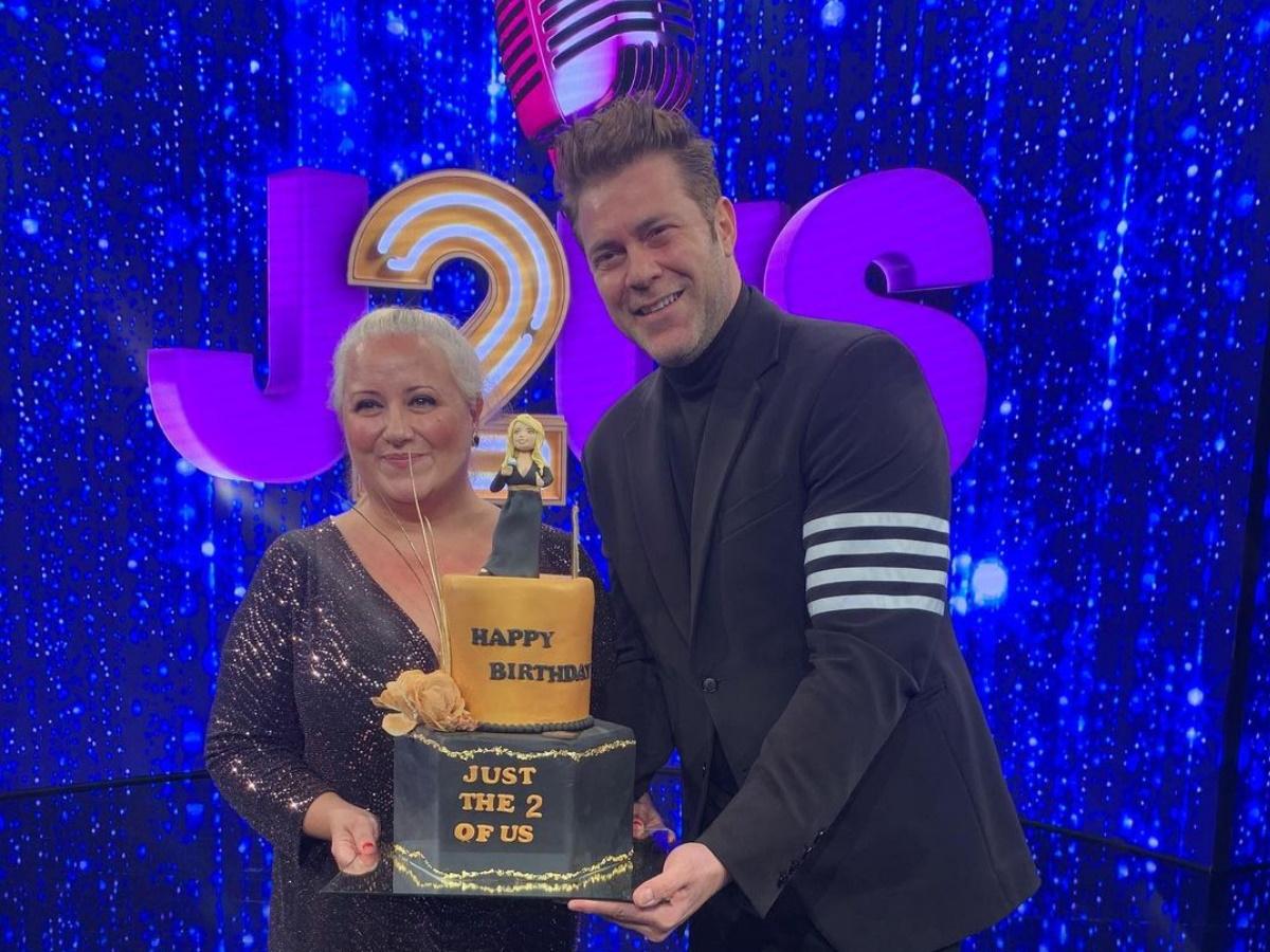 J2US: Η έκπληξη του Χρήστου Χολίδη για τα γενέθλια της παρτενέρ του Παρθένας Χοροζίδου στα παρασκήνια του show