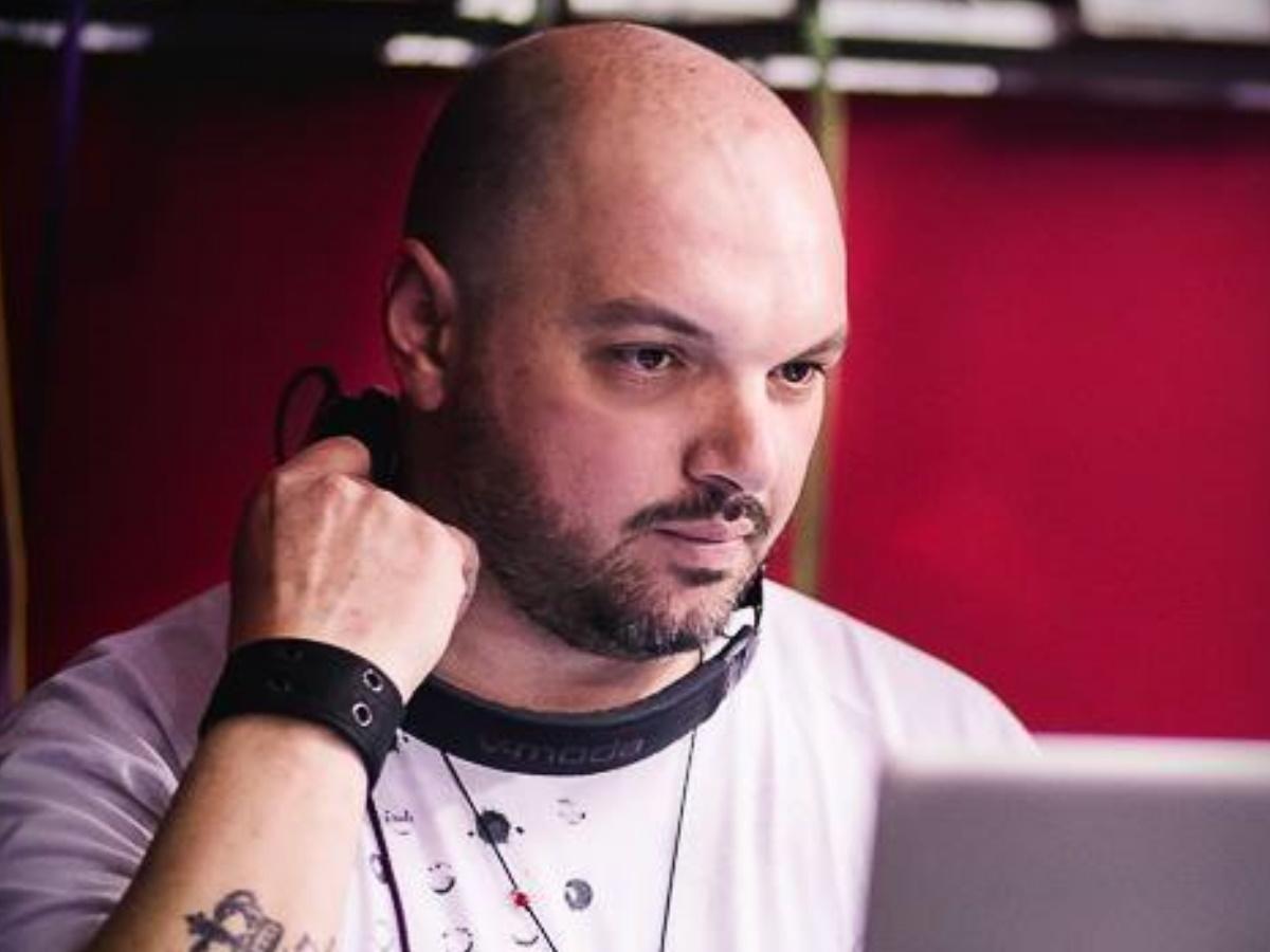 Δημήτρης Μπέλλος: Πέθανε από κορονοϊό ο 39χρονος Έλληνας DJ – Τι λέει φίλος και συνεργάτης του στο TLIFE
