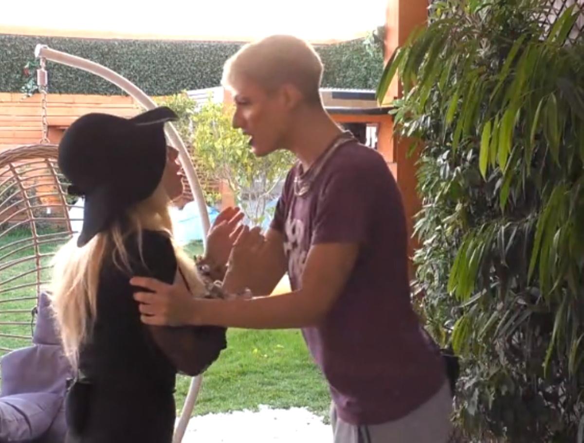"Big Brother: Άγριος καυγάς Θέμη – Άννας Μαρίας ""Είπες ότι είμαι η ντροπή των gay;"" (βίντεο)"