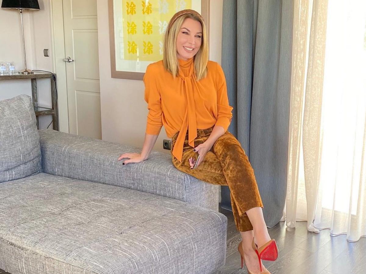 """Τατιάνα Στεφανίδου: Χαλαρώνει στο σπίτι της και προετοιμάζεται για το """"αναγκαστικό cocooning"""" – Φωτογραφίες"""