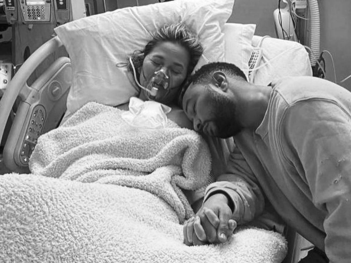 Chrissy Teigen – John Legend: Μιλούν πρώτη φορά on camera για τη θλιβερή απώλεια του μωρού τους (video)