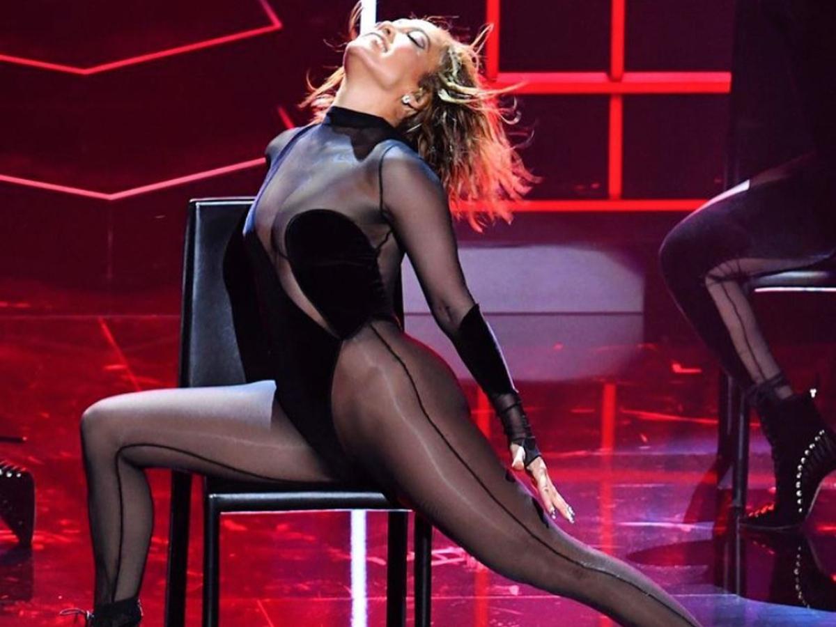 H εκρηκτική Jennifer Lopez έκανε την πιο sexy εμφάνιση στην σκηνή!