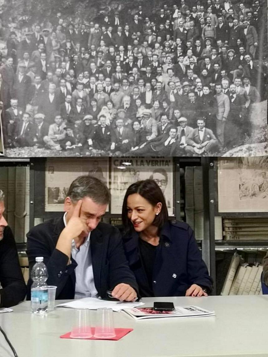 Ευκλείδης Τσακαλώτος: Χώρισε μετά από 35 χρόνια γάμου για τα μάτια της υποψήφιας Ευρωβουλευτού[photo]
