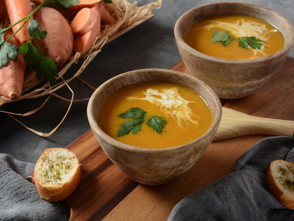 Συνταγή για σούπα γλυκοπατάτας με τζίντζερ