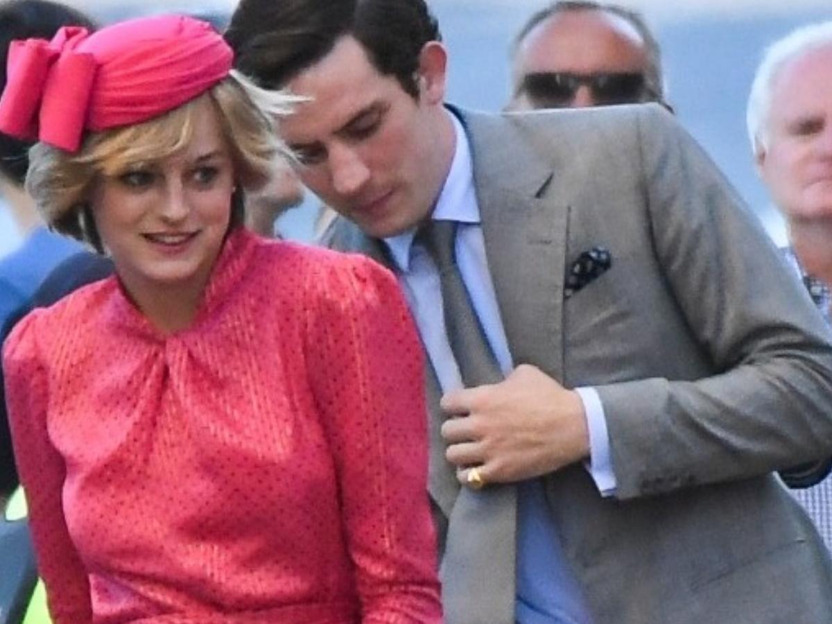 """Η Emma Corrin απαντάει στις φήμες που θέλουν οργισμένο το παλάτι με την τέταρτη σεζόν του """"The Crown"""""""