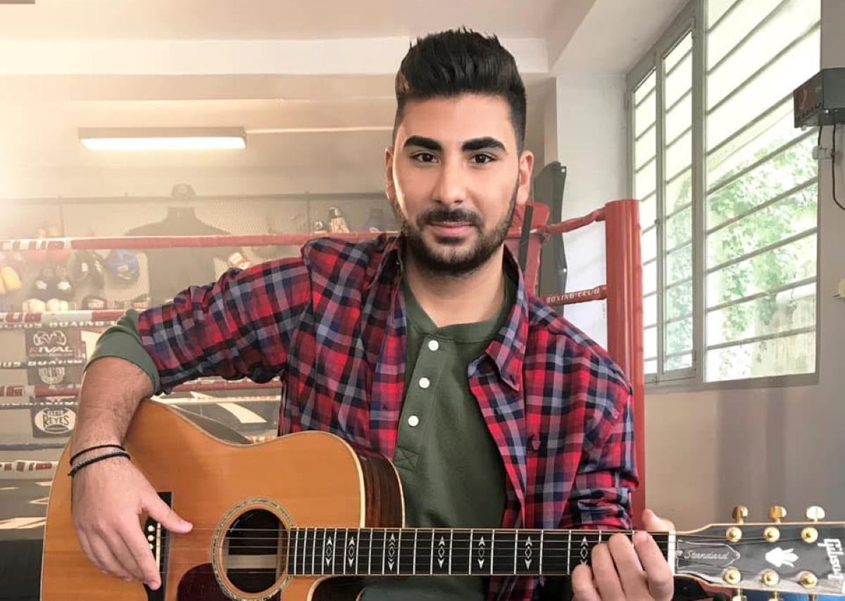 Κωνσταντίνος Παντελίδης: Ο 18χρονος αδελφός του αξέχαστου Παντελή κυκλοφόρησε το πρώτο του τραγούδι!