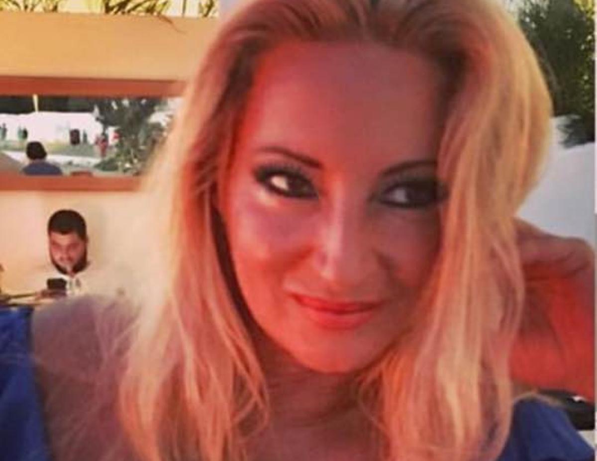 Θλίψη στην κοσμική Αθήνα – Πέθανε, στα 59 της, η επικοινωνιολόγος Λένα Τσαλαβούτα