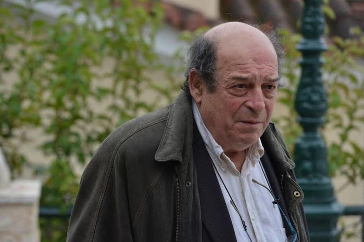 Ο Μανούσος Μανουσάκης έγινε παππούς!