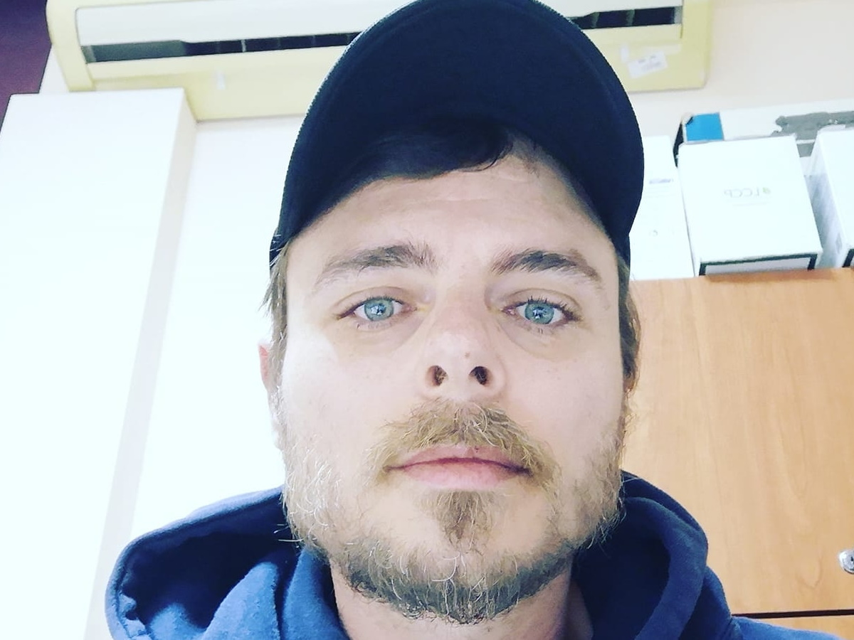 Νίκος Μίχας: H νέα ανάρτηση για τον κορονοϊό μετά τον χαμό που προκάλεσε η θέση του για το εμβόλιο
